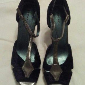 Just In Black Suede T-Strap/Peep Toe Heels/Shoes